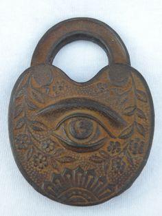 Strange Old Lock-kgrhqvhjbee-p2-6hl-bp1rn64fiq-60_57.jpg