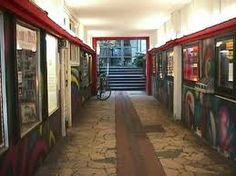 """Der Durchgang von der Dammtorstraße zum """"alten"""" METROPOLIS Kino Hamburg."""