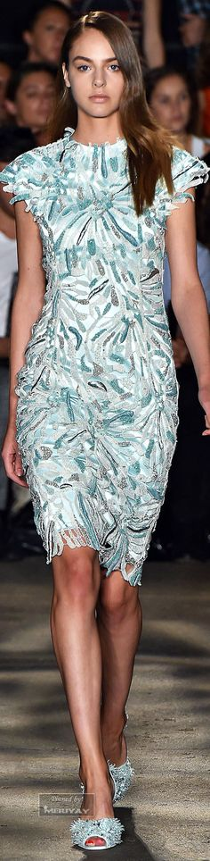 Gorgeous textural dress. Looking forward to spring!  || Christian Siriano.Spring 2015. jaglady