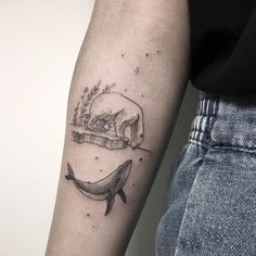 Polar bear and whale tattoo on the right inner forearm Tatuaje de oso polar y ballena en el antebrazo interno derecho Tattoos Masculinas, Whale Tattoos, Bear Tattoos, Tattoo On, Trendy Tattoos, Piercing Tattoo, Cute Tattoos, Beautiful Tattoos, Tribal Tattoos