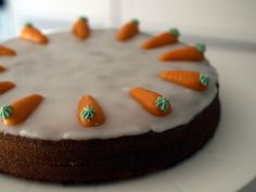 I am a chocolate addict, but strangely enough, my favorit cake remains carrot cake. Now to me, carrot cake is a swiss tradition, but over t. Carrot Cake, Great Recipes, Recipies, Yummy Food, Chocolate, Desserts, Oven, Culture, Recipes