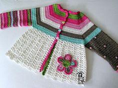 great crochet sweater, free pattern on Ravelry.
