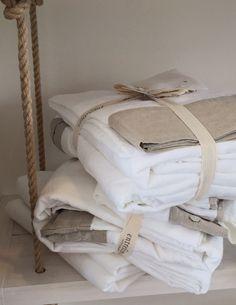 Sábanas de Lino / Linen Sheets Encuéntralas en www.entrelinos.com