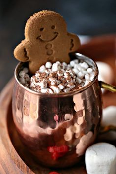 Gingerbread hot chocolate is the best around! This recipe has three secret ingredients that make it so. Curl up by the fire and sip this all day long. Christmas Hot Chocolate, Hot Chocolate Bars, Hot Chocolate Recipes, Chocolate Lovers, Ginger Chocolate, Chocolate Bomb, Easy No Bake Desserts, Mini Desserts, Christmas Drinks