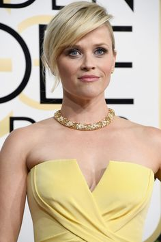 Actress Reese Witherspoon attends the 74th Annual Golden Globe Awards at The Beverly Hilton Hotel on January 8, 2017 in Beverly Hills, California.