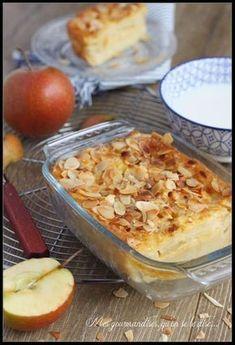 Le grillée. 3 pommes 3 oeufs lait amandes effilées 200g de farine cannelle rhum pourquoi pas. 30 mn au four