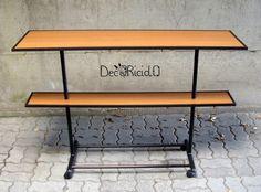 decoriciclo: 3 tavole da parquet + 1 stand appendiabiti rotto = 1 tavolino ricicloso