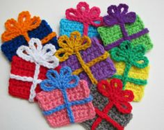 Crochet GIFT BOX Applique Size: x Color: Many color combination available (choose from the drop down menu) Made with medium to thick weight yarn (worsted yarn) --->> This is a ONE SIDE only applique. All the knots and sewing are on the back Crochet Christmas Stocking Pattern, Crochet Christmas Decorations, Crochet Christmas Ornaments, Crochet Decoration, Holiday Crochet, Noel Christmas, Crochet Gifts, Cute Crochet, Christmas Applique