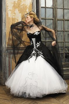 #White and black wedding dress