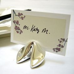 Fortune Cookie Place Card Holders - kinda cute