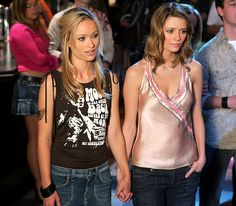 The O.C.: Bartender Alex Kelly (Olivia Wilde) had a brief fling with troubled, entitled high school student Marissa Cooper (Mischa Barton) during the Fox soap's second season. After they moved in together, the tempestuous twosome continued to bicker until they decided to break up for good.