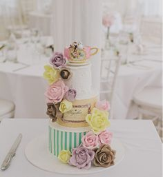 #Wedding #Cakes We Love … Just Because... To see more: www.modwedding.com - Luxury Wedding Discovery