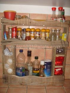 Kitchen Spices Rack From Repurposed Pallet