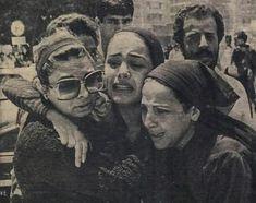 شريهان في جنازة عمر خورشيد Arab Actress, Egyptian Actress, Arab Celebrities, Celebs, Old Egypt, Old Ads, Old Pictures, Movie Stars, Famous People