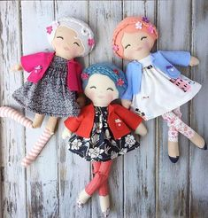 Now All Sold -- Thank You! ❤️ Just a little under two hours away from our with these three lovely ladies! They are part of and have the new bent knee leg option as well as the new arm style we are offering. Diy Rag Dolls, Diy Doll, Doll Sewing Patterns, Sewing Dolls, Softies, Doll Crafts, Sewing Crafts, Homemade Dolls, Baby Sewing Projects