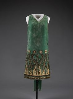 "Babani evening dress ca. 1925 From the exhibition ""Defying Labels: New Roles, New Clothes,"" at Lyndhurst via Irenebrination"