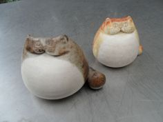 Two studio pottery cats. possibly by Mary Rich