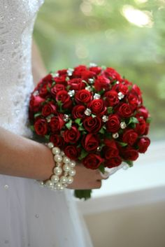 Stunning silk bouquet of 72 Red Rosebuds plus diamond rhinestone bouquet jewels. Bride Flowers, Bride Bouquets, Floral Bouquets, Wedding Flowers, Vintage Bridal Bouquet, Red Bouquet Wedding, Rose Bouquet, Boquet, Apple Red Wedding