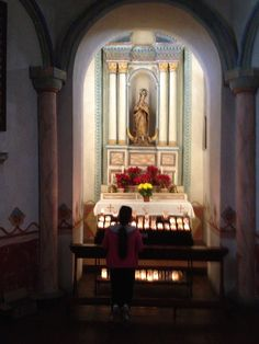 A statue of the Virgin Mary in a side chapel at the Mission San Luis de Francia, (Whitaker, 2014).