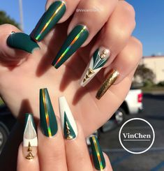 Its time to release the Gemini ♊ hello birthday nails 😍 Dope Nails, Glam Nails, Bling Nails, Stiletto Nails, Beauty Nails, Coffin Nails, Gorgeous Nails, Pretty Nails, Hair And Nails