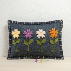 Flower Garden Pincushion / Small Pillow - Hand Embroidered on Grey Wool Felt by TheBlueDaisy Wool Applique Patterns, Felt Applique, Doll Patterns, Felted Wool Crafts, Felt Crafts, Sewing Crafts, Sewing Projects, Felt Pillow, Wool Quilts