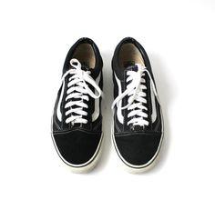 cfa5a88dee 1990 s VANS Black Suede Sneakers