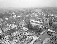 Market place Norwich England, Norwich Norfolk, Norfolk England, Norwich Cathedral, Cathedral City, Uk Photos, Paris Skyline, Past, History
