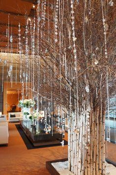 The hotel lobby full of Christmas delights at Mandarin Oriental, Tokyo… Gold Christmas Tree, Christmas Store, Christmas Wedding, Christmas Lights, Christmas Displays, Hotel Lobby, Xmas Decorations, Christmas Inspiration, Holiday Decor
