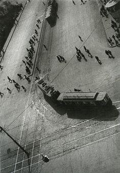 Alexander Rodchenko's photograph of a tram (via here)