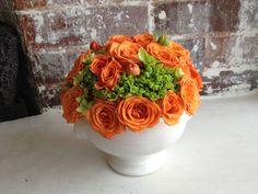 Rosas y hortencias verdes