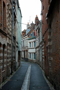 Small street in Lille, Flanders, France Air France, Dream Trips, Dream Vacations, Cheap International Flights, Biarritz, Calais, Paris Paris, Architecture Old, Cheap Flights