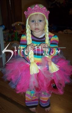 FREE PATTERN <3 Princess Hat with Braids and Crown