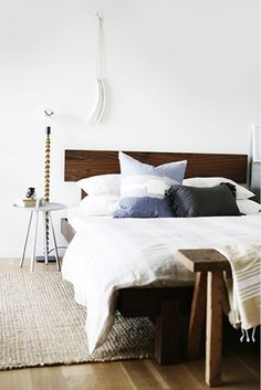 Home Tour: Moody Warmth in a Small Seattle Space via @mydomaine