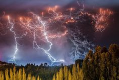 ──────────── Страна: Чили Извержение вулкана Кауле. ──────────── Country: Сhile Caulle volcano erupting.