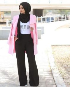 black palazzo pants with hijab- Trendy and chic hijab looks http://www.justtrendygirls.com/trendy-and-chic-hijab-looks/
