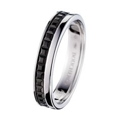 Quatre Black Edition Wedding band, a Maison Boucheron Jewelry creation. A Boucheron creation tells a Story, that of the Maison and your own. Silver Wedding Bands, Wedding Ring Bands, Wedding Bells, Boucheron Jewelry, Jewellery, Black Edition, Love Ring, Rings For Men, Creations