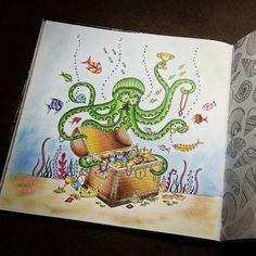 """""""#johannabasford #jardimcolorido #lostocean #oceanoperdido #coloring…"""