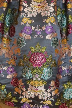 Lace Embroidery, Embroidery Designs, Banarasi Suit, Best Color Schemes, Kashmiri Shawls, Edwardian Dress, Colorful Curtains, Ribbon Work, Check Printing