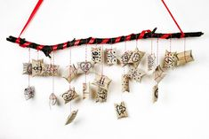 Recycling-Adventskalender aus Klopapierrollen - ich lebe grün! Arrow Necklace, Xmas, Birthday, Cards, Gifts, Recycling, Jewelry, Homemade, Weihnachten
