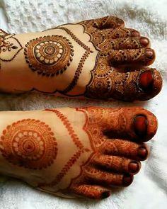 Mehndi Designs: Best Simple Mehendi Designs for Hands 2019 Leg Mehendi Design, Leg Mehndi, Mehndi Designs Book, Mehndi Designs 2018, Mehndi Design Pictures, Modern Mehndi Designs, Mehndi Designs For Girls, Mehndi Designs For Beginners, Mehndi Designs For Hands