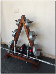Best Home Gym Setup Ideas You Can Easily Build - Fitness Shirts - Ideas of Fitness Shirts - 50 Ideas for Setup Gym at Home Tap the pin if you love super heroes too! Cause guess what? you will LOVE these super hero fitness shirts! Home Made Gym, Diy Home Gym, Gym Room At Home, Home Gym Garage, Basement Gym, Diy Gym Equipment, No Equipment Workout, Fitness Equipment, Best Home Gym Setup