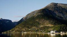 Quality Hotel & Resort Vøringfoss by the quay in Eidfjord in the Hardangerfjord region, Norway