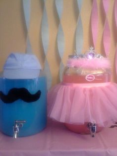 This is a cute idea! Decorate the blue punch with a little boy cap and the pink punch with a tiara!