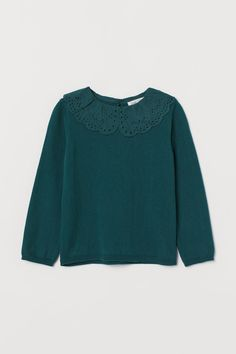 Collared jumper - Dark green - Kids | H&M GB 2 Ruffle Collar, Ruffle Trim, Fashion Company, World Of Fashion, Woven Fabric, Style Guides, Collars, Jumper, Personal Style