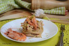 Spaghetti  integrali con gamberi e granella di  pistacchi