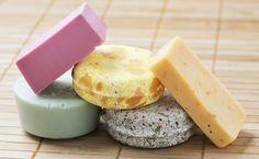 Vegetable Glycerin Uses Vegetable Glycerin Uses, Solid Perfume, Natural Shampoo, Coco, Beauty Recipe, Home Made Soap, Handmade Soaps, Homemade Beauty, Going Vegan