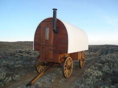 Sheepherder's wagon - My great uncle Wilbur was a sheep herder in the Big Horn Mtns. He lived in one of these. Some ranches use them las line shacks. Gypsy Caravan, Gypsy Wagon, Small Stove, Tiny House Blog, Old Wagons, Covered Wagon, Shepherds Hut, Lord Is My Shepherd, Chuck Wagon
