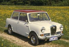 Wolseley Hornet Mk2      Initially, they used the 848 cc engine, changing to a single carburettor version of the Cooper's 998 cc power unit in the Mark II in 1963. The MKIII facelift of 1966 brought wind-up windows and fresh-air fascia vents; also concealed door hinges two years before these were seen on the mainstream Mini