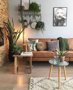 13 Incredible Living Room Design Ideas and Decor 7 Mid Century Modern Living Room decor Design ideas Incredible Living Room Casual Living Rooms, Boho Living Room, Cozy Living Rooms, Living Room Interior, Home And Living, Living Room Decor, Modern Living, Interior Livingroom, Small Living