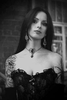 She's beautiful #gothic #women #beauty